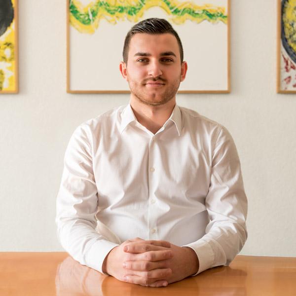 Akif Serifi, Pre Sales